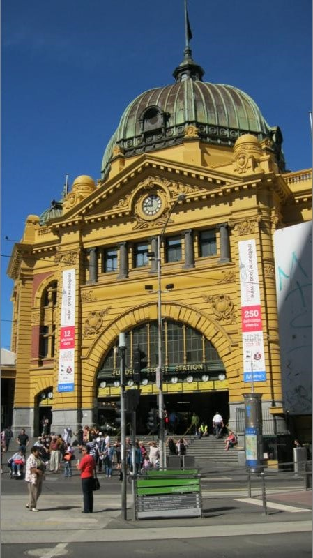Estacion de tren , en Melbourne .