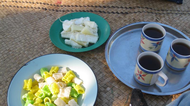 Tomando el te , en Fiji .