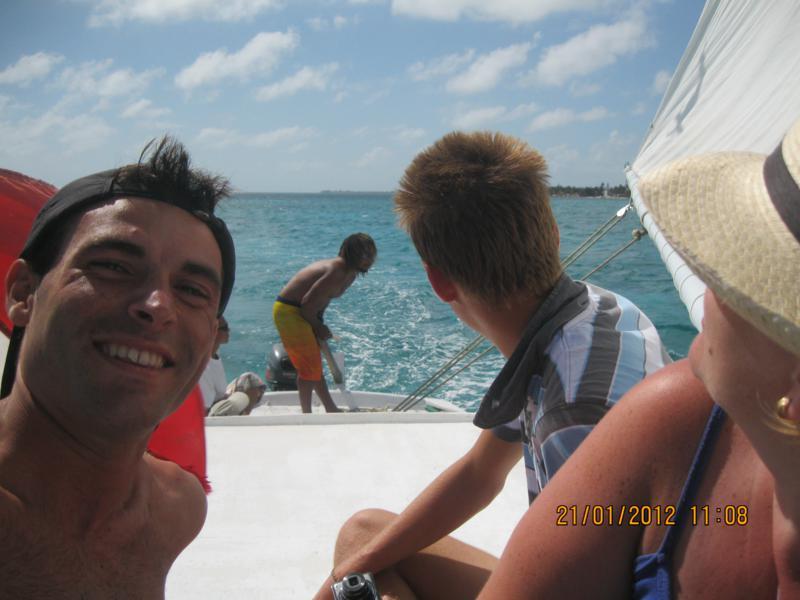 Navegando , en Belize .
