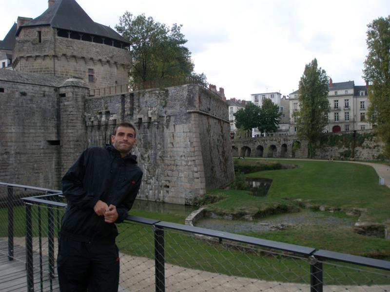 En la fortaleza , en Nantes .