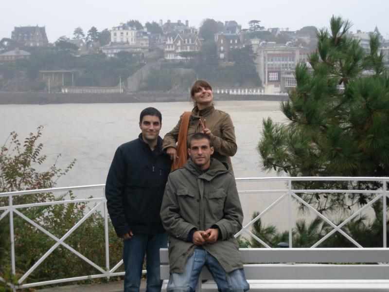 Con Sergio y Emilie -, en Saint - Malo .
