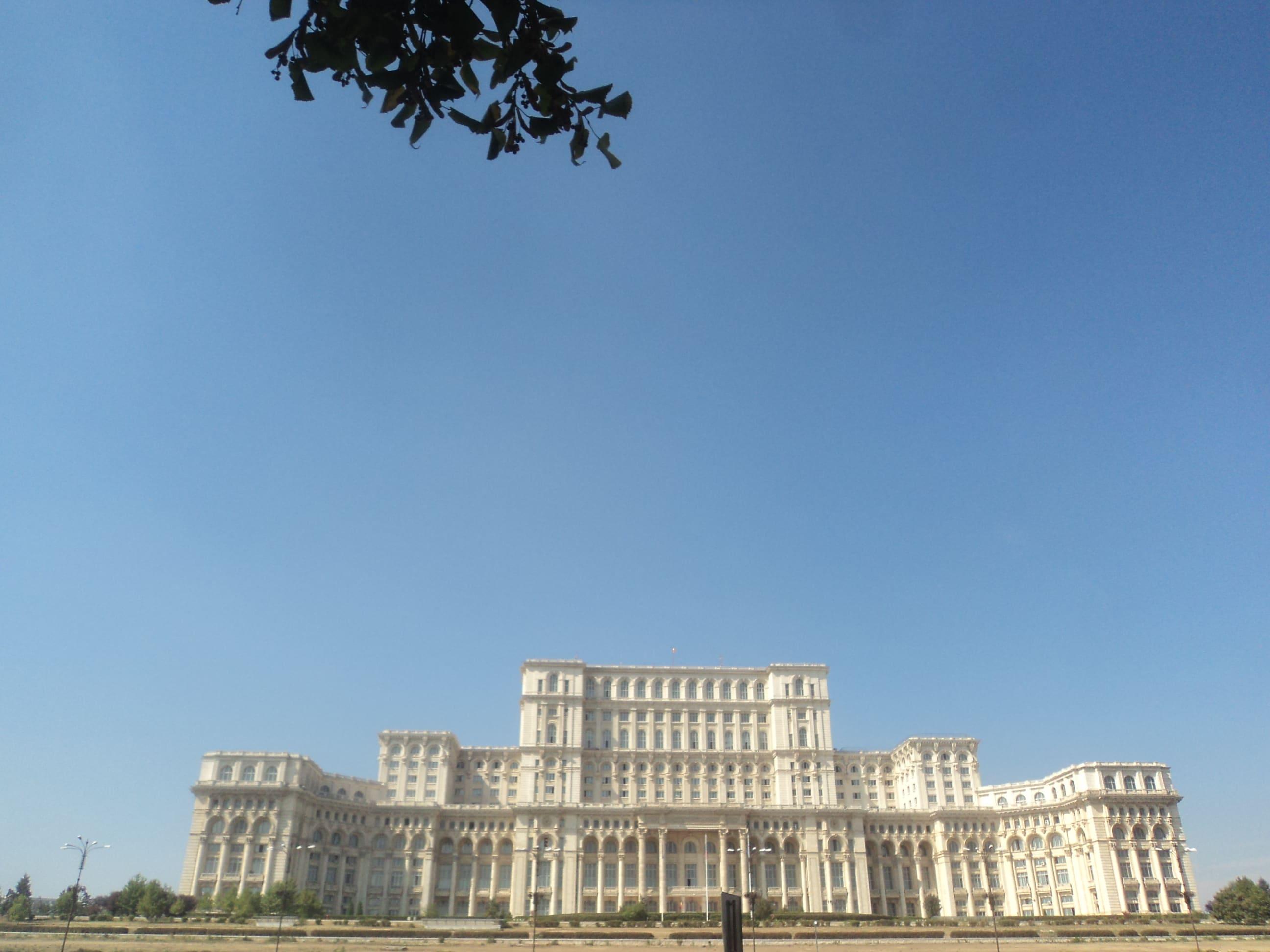 Palacio de Gobierno , en Bucarest .