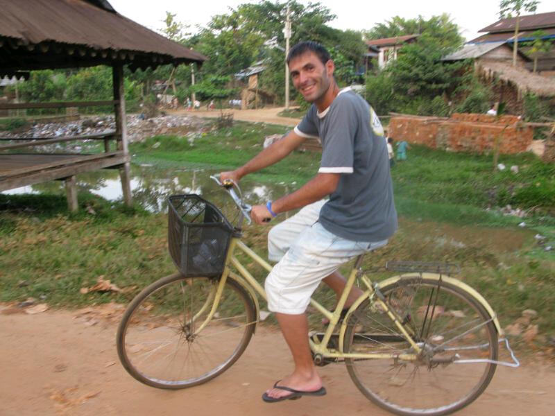En bici por Bago .