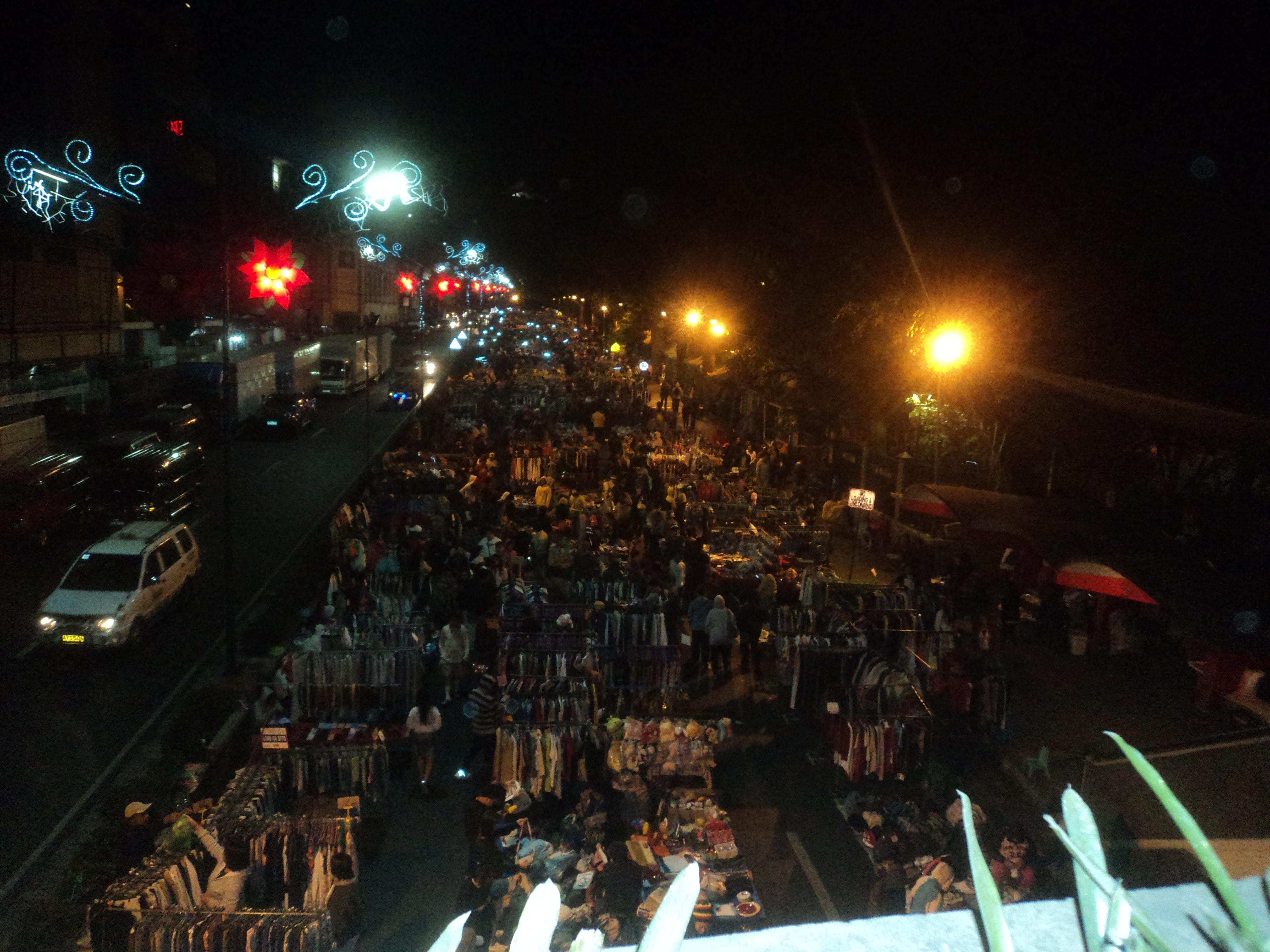 Mercado Nocturno .