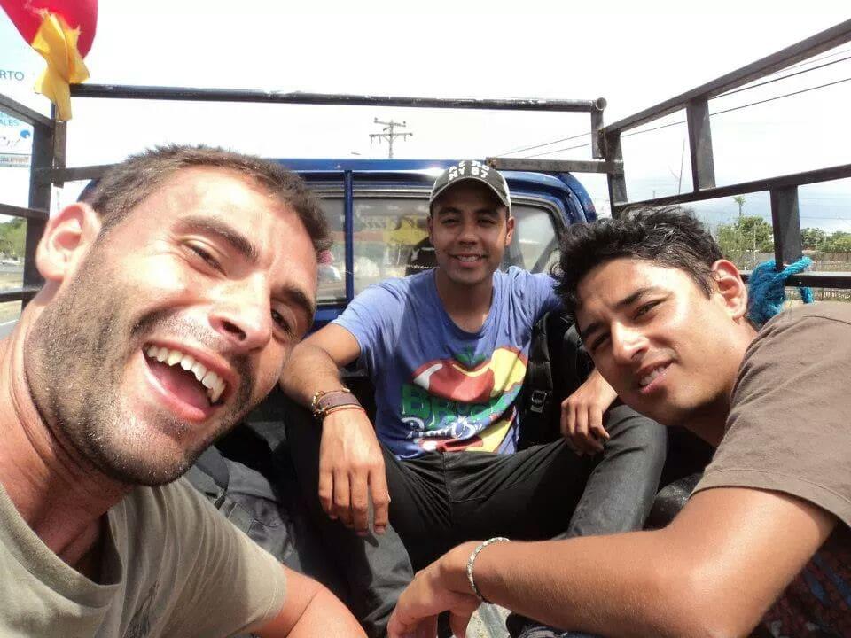 Viajar a dedo. Ecuador.