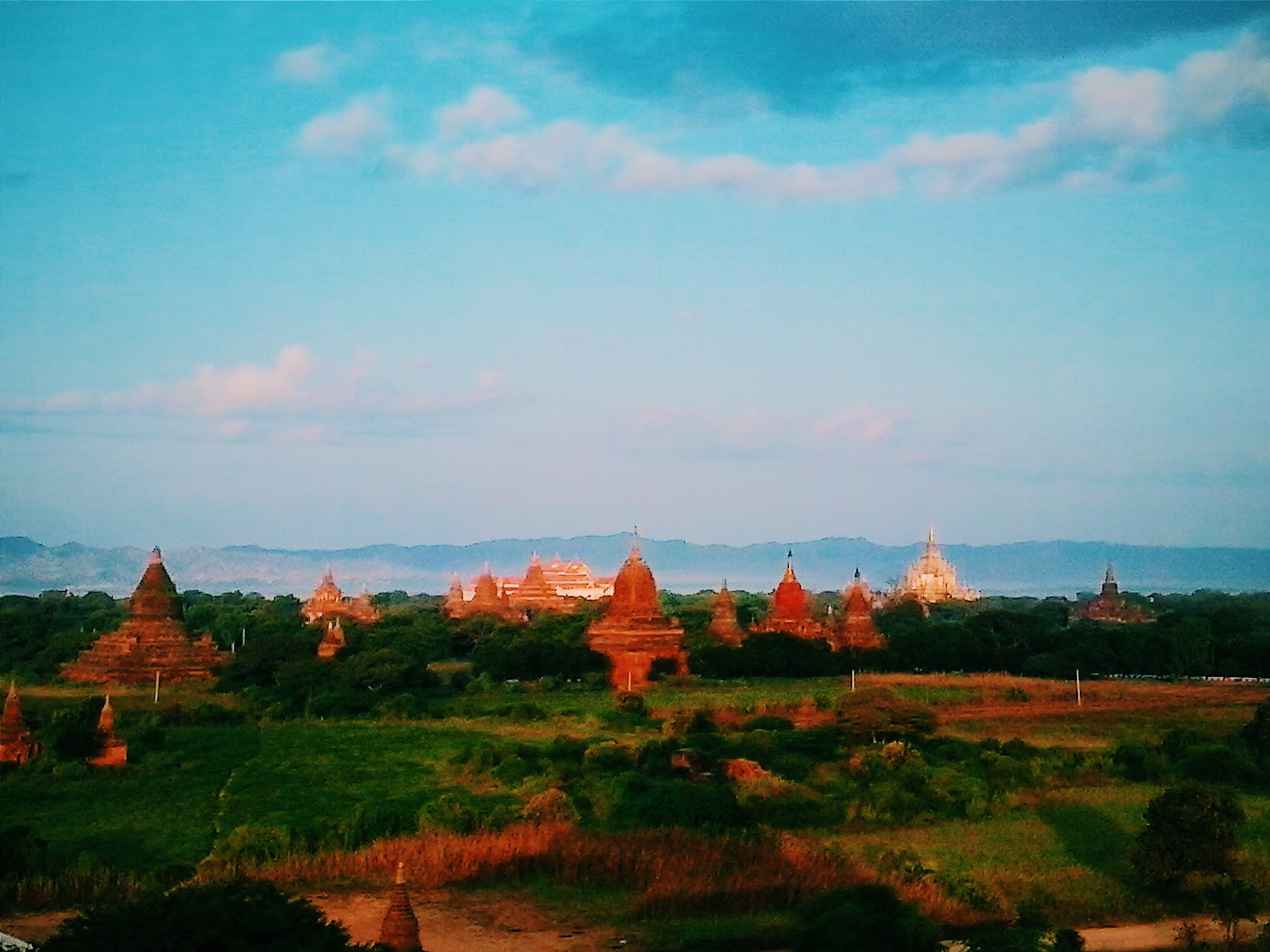 Sunrise Bagan. Travel Myanmar in a low budget