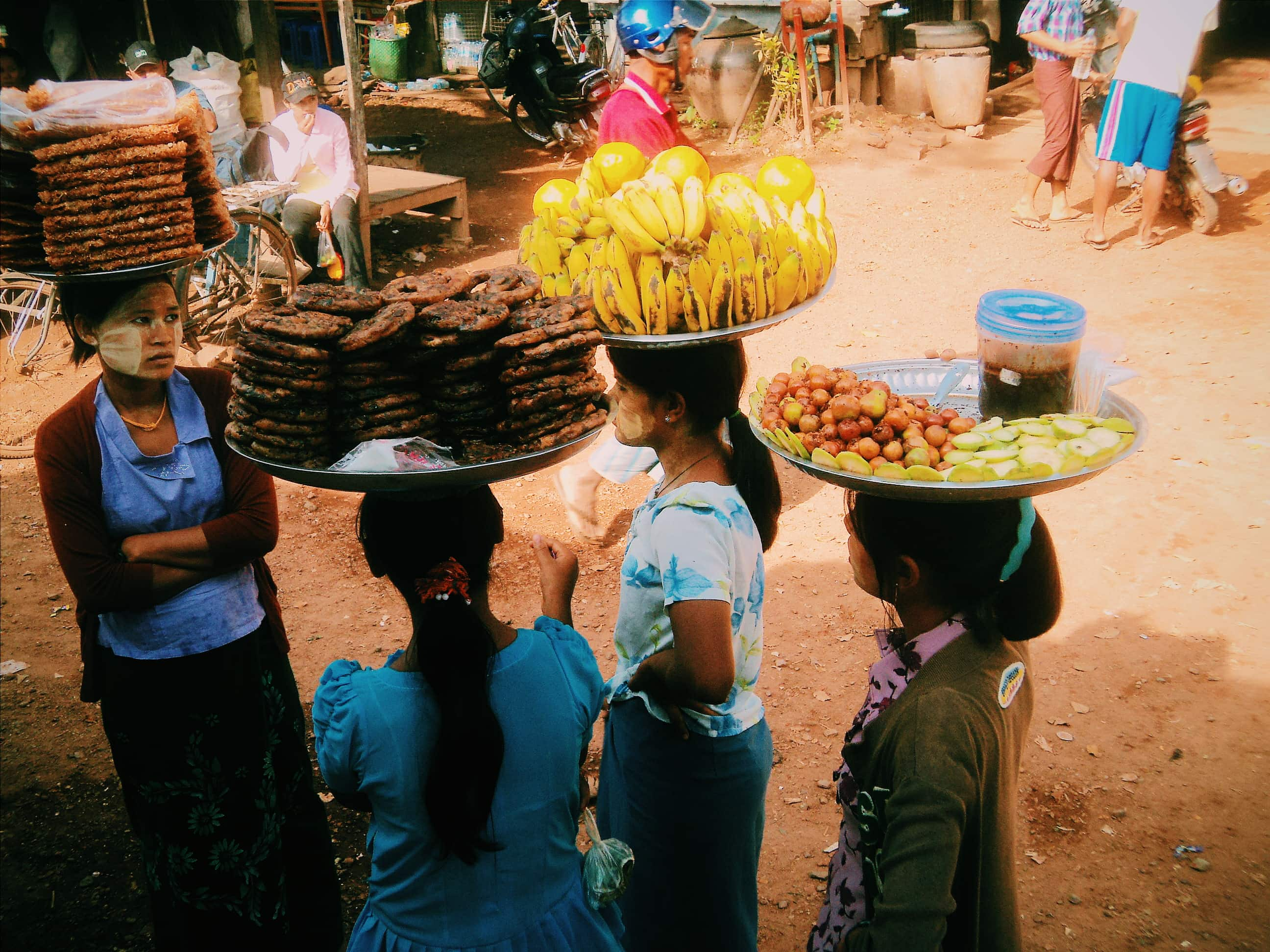 Street food. Travel Myanmar in a low budget.