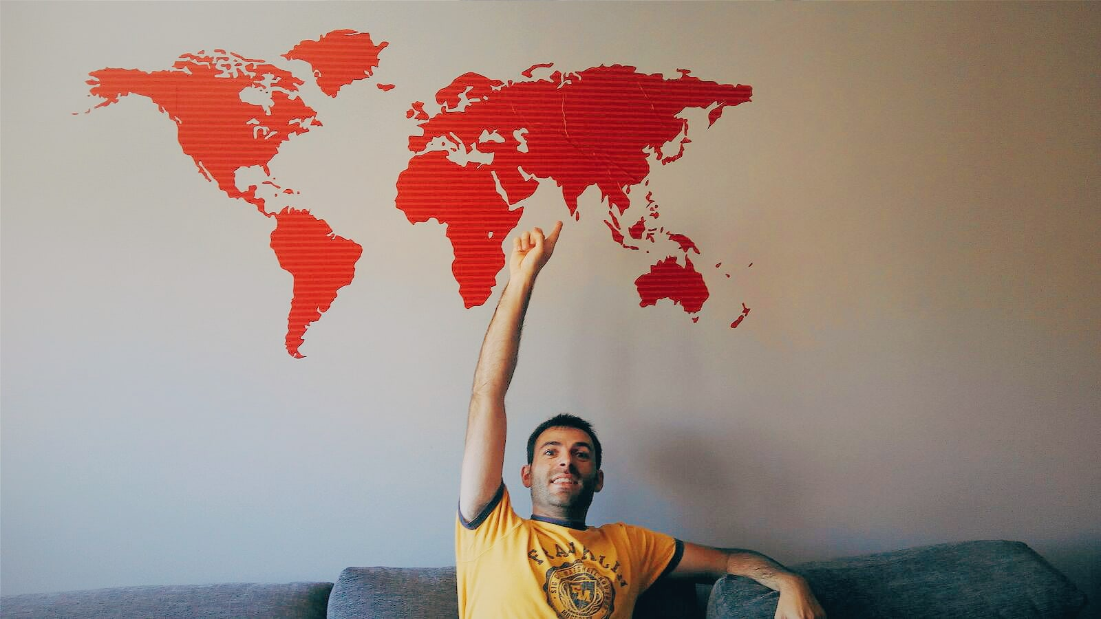 Gamintraveler with the world map.