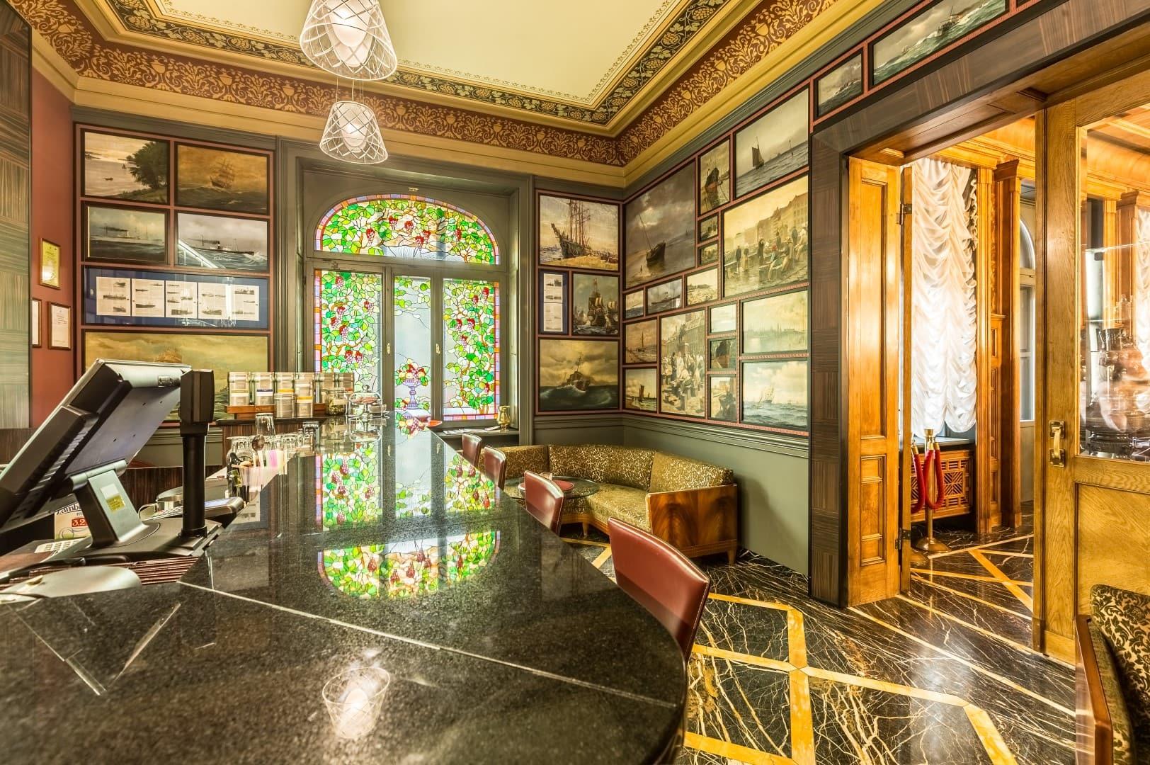 Gallery Park Hotel & Spa Bar
