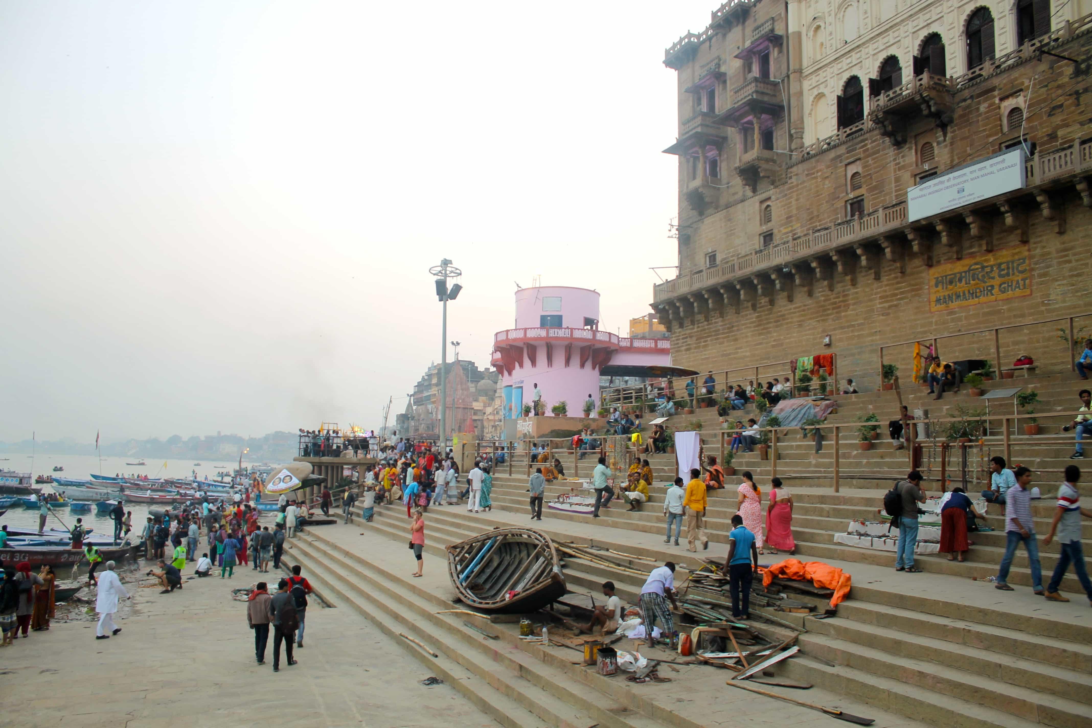 Local life backpacking Varanasi