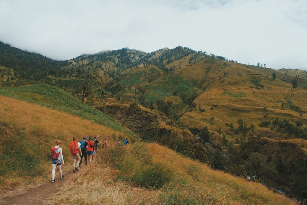 Climbing Mount Rinjani first day